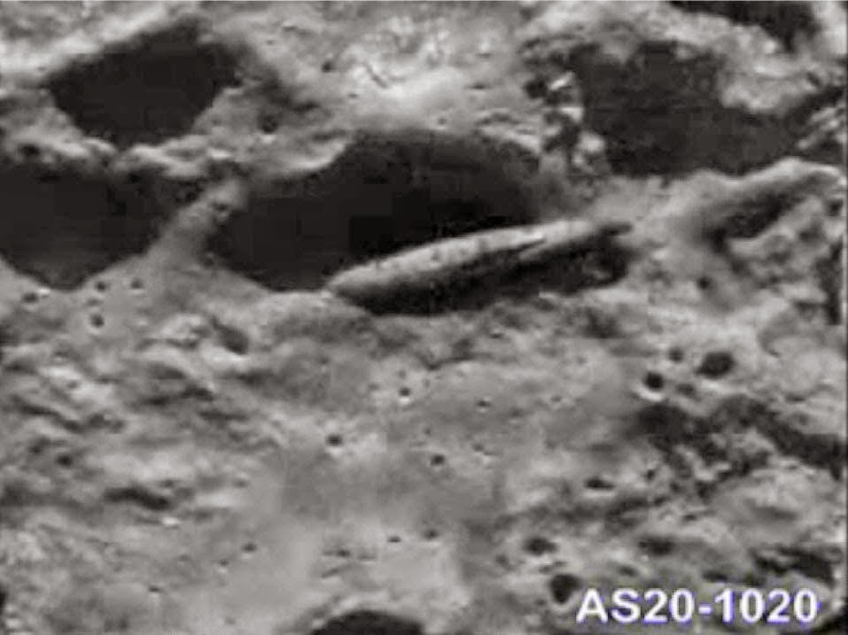 NASA official photographs aliens on the moon