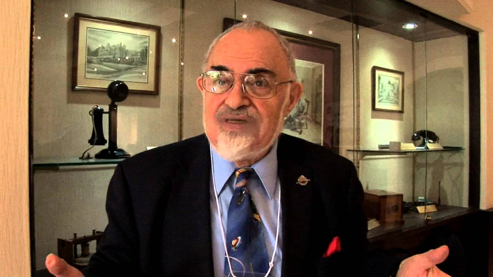 Roswell Secrets Of Stanton Friedman