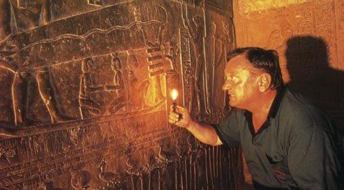 The Ancient Alien Theory Of Erich Von Daniken's Concept