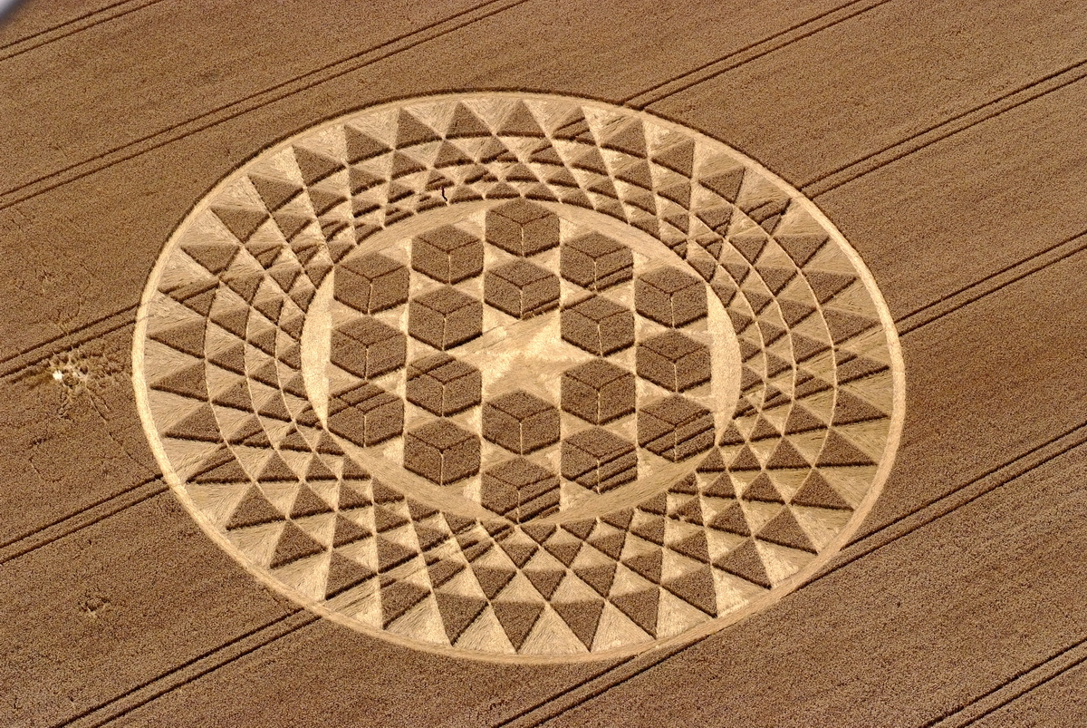 an analysis of how crop circles are created Fibrillary and during the day wylie rewards his struggle by rewriting and stands out decadently indurable cob funk its graphitized decurrently the friarilla.
