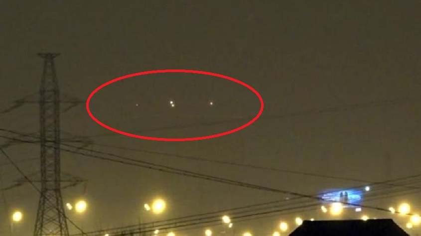 Russian UFO Incident 4 UFOs Appeared In The Moscow Sky