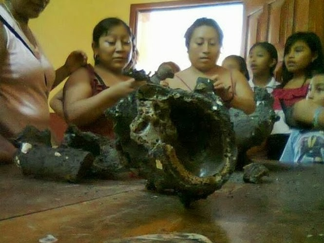 mexico alien body in meteorites