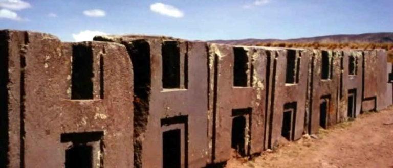 Строительство мегалитов в разных частях света не обошлось без помощи особых технологий.